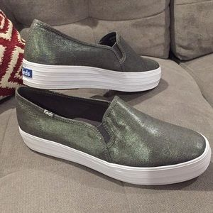 New Keds shoes in metallic silver, size 9